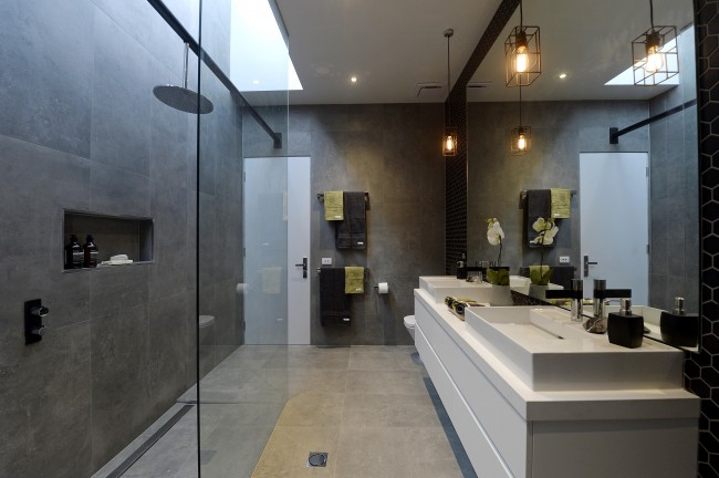 The Block Glasshouse: How 'Bout Them Bathrooms!