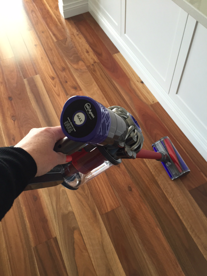 Dyson V6 Absolute - 2
