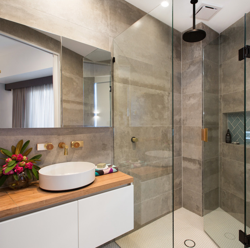 The Block Octagon Combined Apartment Bedroom Ensuite
