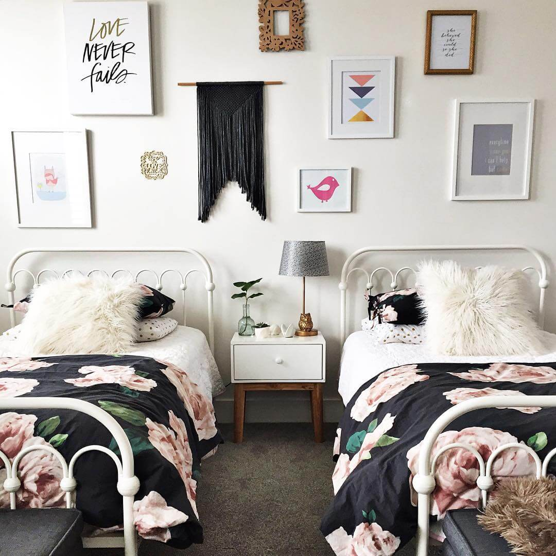 8 tween girls bedroom ideas katrina chambers for Bedroom ideas for girls sharing a room
